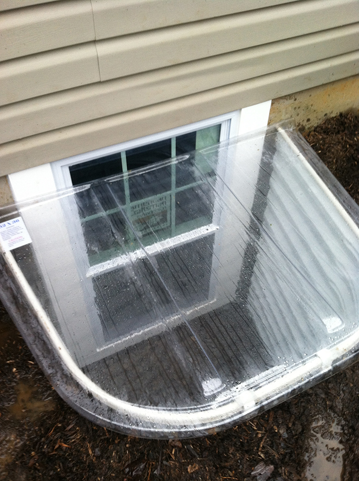 Basement egress window basement detective 703 684 0860 for Basement bedroom egress window requirements